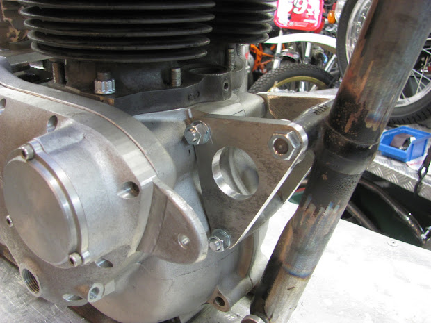 The right side of the front engine bracket of ''Le Bolide'' powered by Machines et Moteurs.