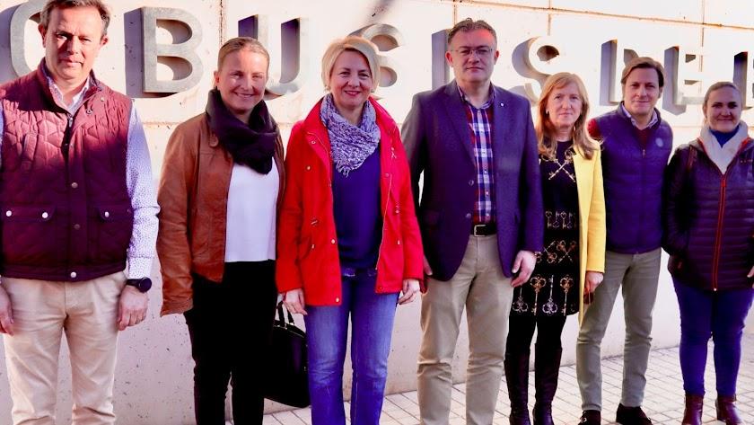 La delegada de Fomento en su visita a Berja.