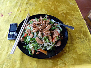 Photo: Ko Jum - one of the best meals and portions in Thailand, worth those 80B in Bo Daeng restaurant - Chicken salad, portion sized for 2-3 people, warm chicken meat with cold vegetables, photos until this are from 26th december