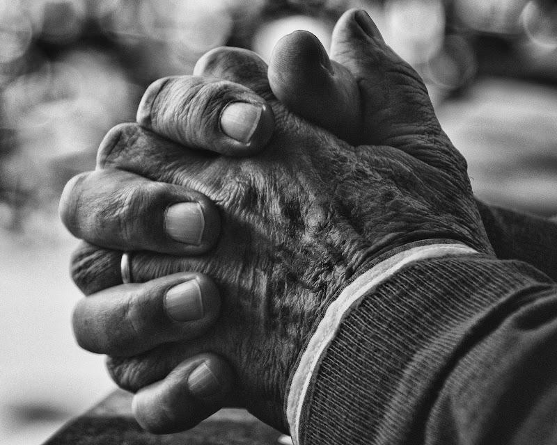Le mani raccontano di Ro51