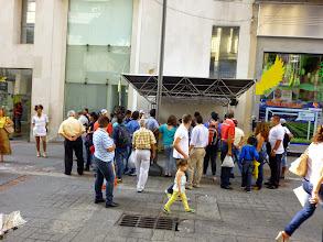 Photo: Estación con el logo o simbolo de Salas abiertas (alas amarillas) paseo del Comercio de Bucaramanga