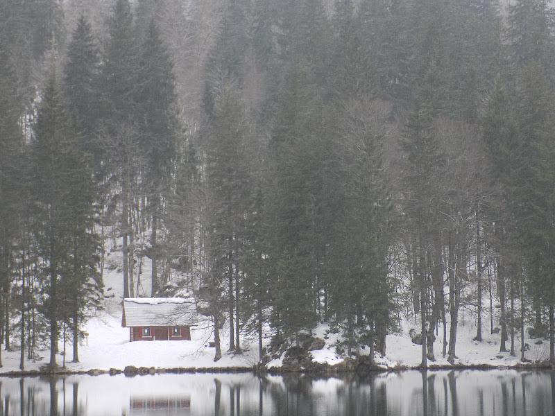Vista sul lago di Deni