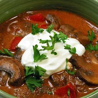 Gombapörkölt; Hungarian Mushroom Stew