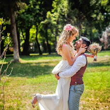 Wedding photographer Mihai Dumitru (mihaidumitru). Photo of 15.08.2017