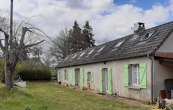 maison à Saint-Léopardin-d'Augy (03)