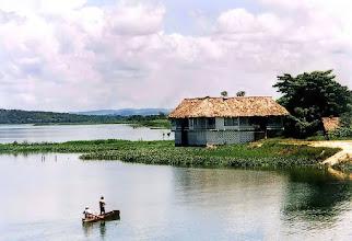 Photo: Jezioro Petén / Petén lake