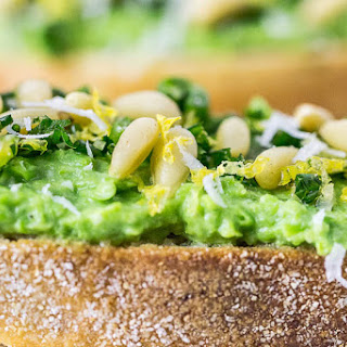 Sweet Pea & Ricotta Crostini {with Spring Onion Gremolata}