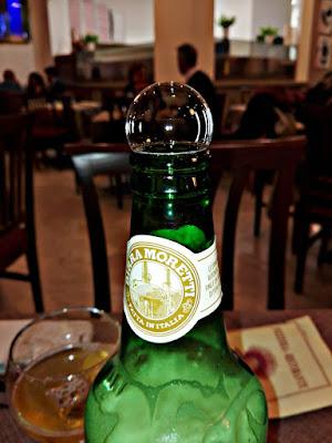 solo una bottiglia di birra di Charlie_balloon
