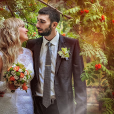 Wedding photographer Elena Khayrulina (fotosmail). Photo of 25.04.2016