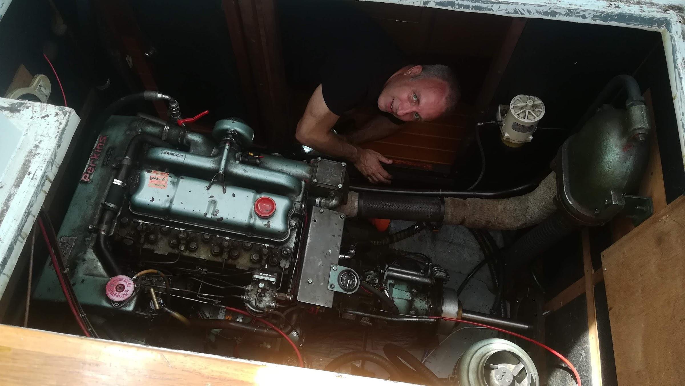 Proefdraaien van onze dieselmotor. Helemaal gelukt!