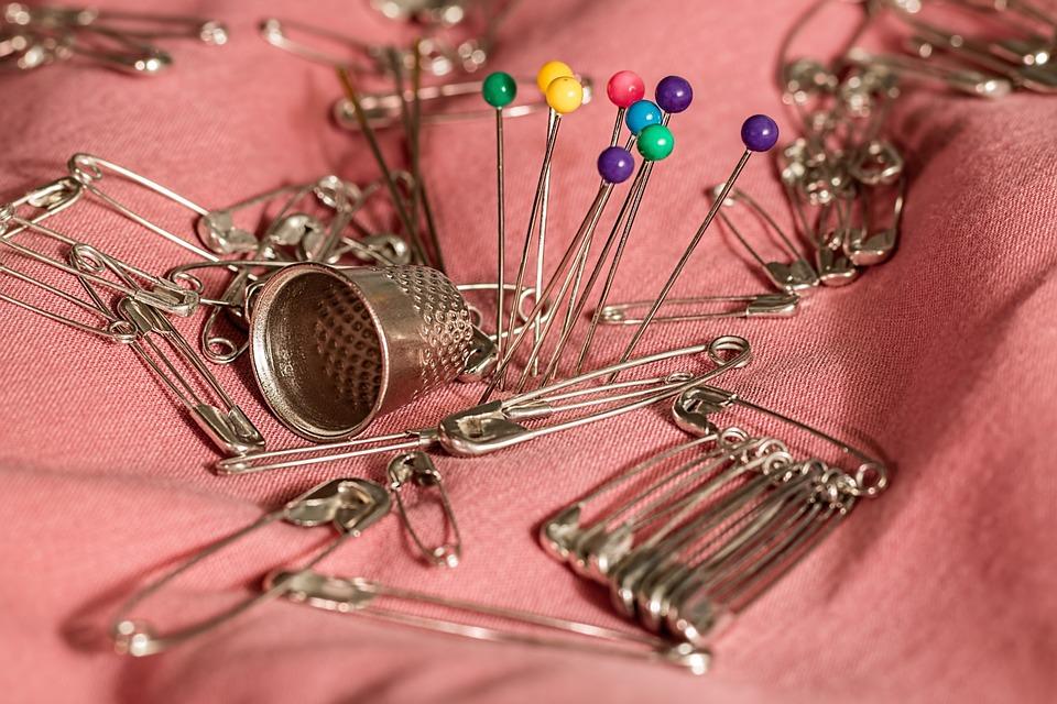sewing-661992_960_720.jpg