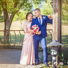 Wedding photographer Anastasiya Likhodey (LAN27). Photo of 26.09.2017