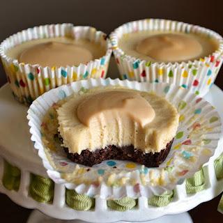 Refined Sugar-Free, Dairy-Free, Gluten-Free, Raw, Vegan Dulce De Leche Cheesecake Bites