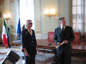 Photo: Carmen Spigno e il Prefetto di Savona Claudio Sammartino