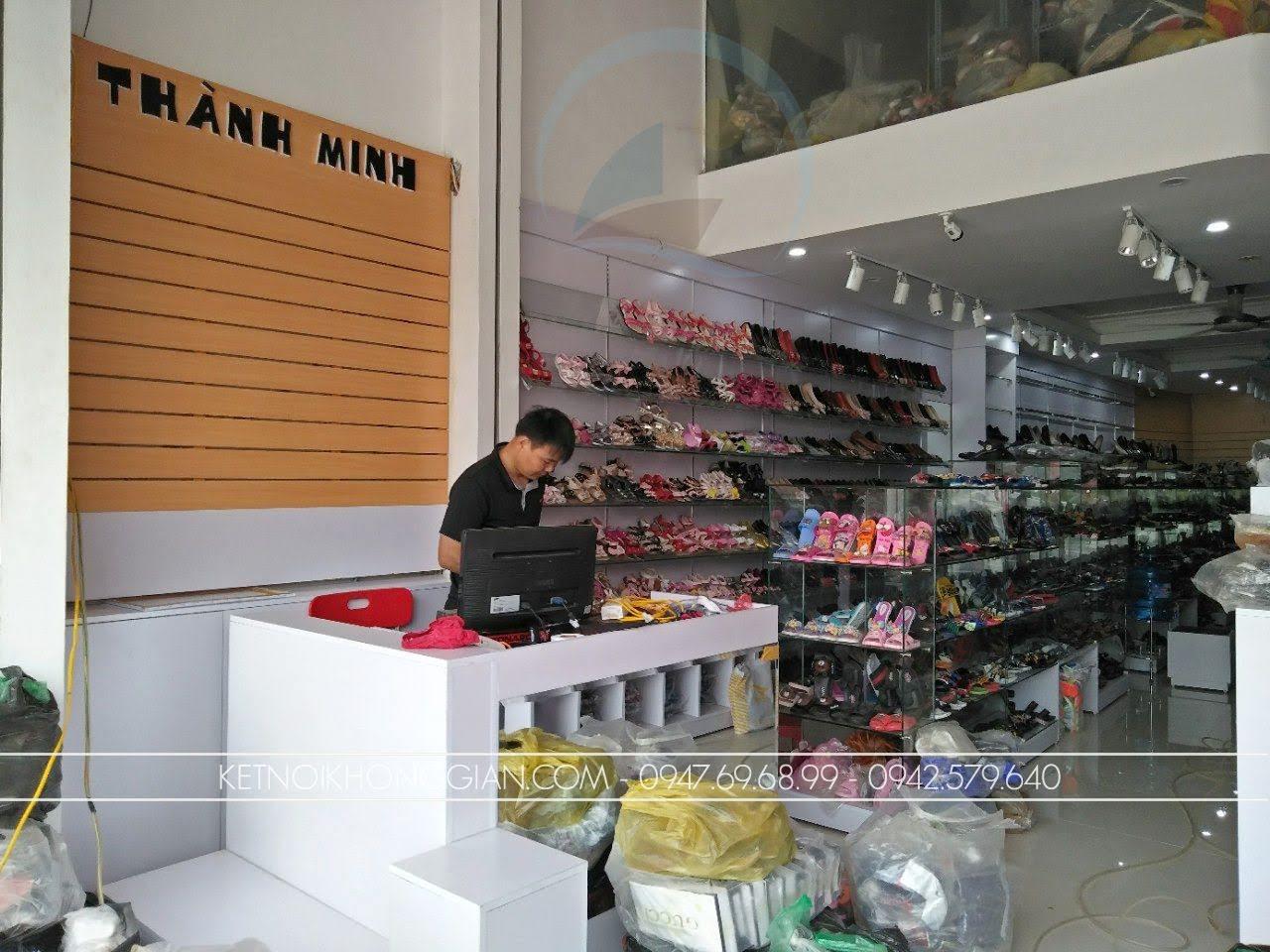 thiết kế thi công nội thất shop giày dép thời trang 1
