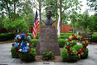 Photo: Memorial ceremony for Ronald W. Reagan at Eureka College