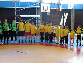 Photo: En jaune de gauche à droite: Cédric, Jonathan, Adrien, Nathan, Samantha, Manon, Evan, Marius, Quentin, Marc, Pierre, Gaël, Rémy