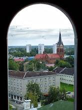 Photo: Jelgava. Vaizdas iš Šv.Trejybės varpinės bokšto : Romos katalikų Šv. Anos katedralinis soboras (1567 įtvirtintas). Pats seniausias išlikęs Jelgavoje pastatas.  Jelgavos kraštas – Kuržemė arba Kurliandija, gretimais Ąžuolų kraštas. paveiksluota 2013-08-22d.