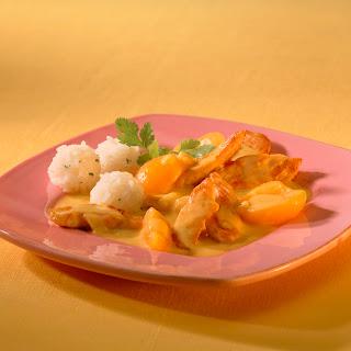Geflügelgeschnetzeltes mit Aprikosen & Kokosmilch