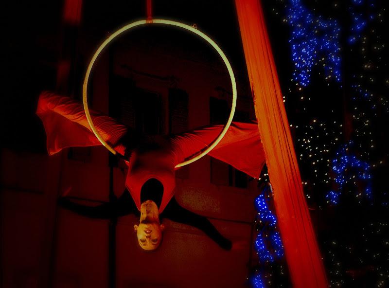 La donna e il cerchio di Gianni.Saiani  Photos