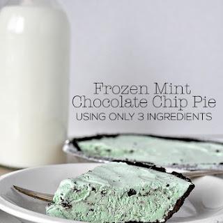 Frozen Mint Chocolate Chip Pie – only 3 ingredients