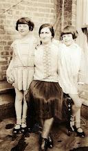Photo: Mildred Tulman, Anna Braunhart Tulman, Muriel Tulman
