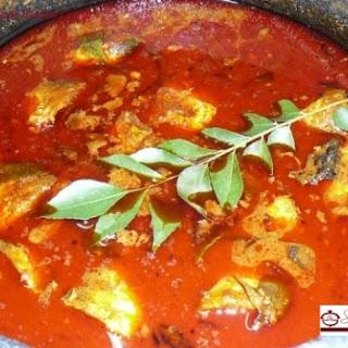 Sardine Fish Curry / Kerala Style Mathi Curry / Chaala Curry