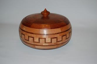 Photo: Jatoba + robijn + socupera Hoog 15 cm Breed 24 cm 334 stukjes hout  verkocht