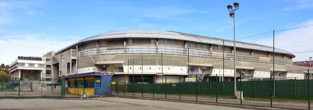 Photo: Stade Bonal vu de l'extérieur