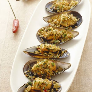 Gratineed Mussels