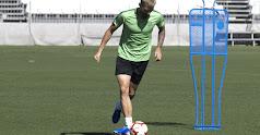 Esteban Saveljich tiene un año más de contrato con el Levante.