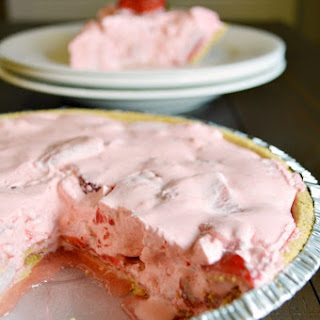 No Bake Strawberry Pie.