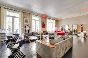 Appartement meublé 5 pièces 216 m2