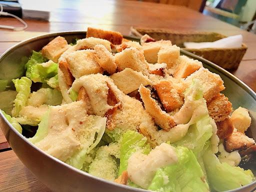 凱撒雞肉沙拉 👍🏻👍🏻👍🏻