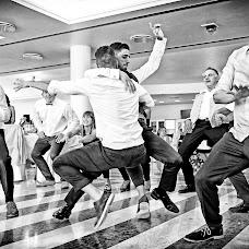 Wedding photographer Fabrizio Durinzi (fotostudioeidos). Photo of 07.09.2017