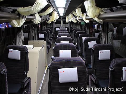 函館バス「高速はこだて号」 T3267 車内