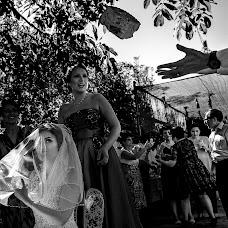Wedding photographer Adrian Fluture (AdrianFluture). Photo of 12.04.2018