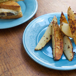 Mustard-Crusted Puckyhuddle Oven Fries