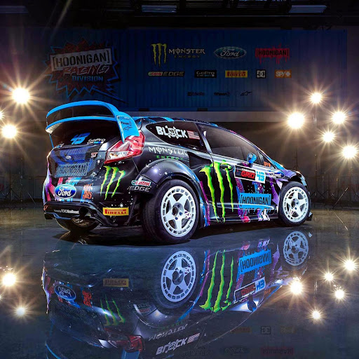 Download Cool Cars Live Wallpaper For PC