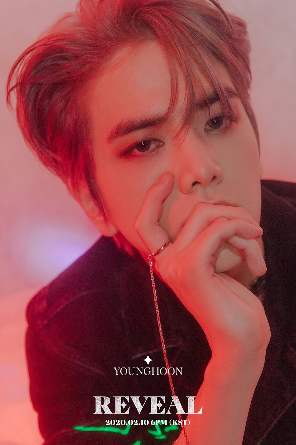 Younghoon_(Reveal)_1