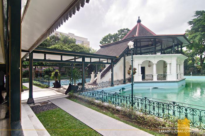 Royal Ambarrukmo Hotel Yogyakarta Bale Kambang