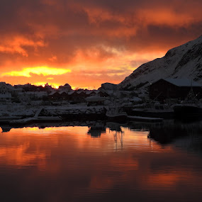 Solnedgang by Karl-roger Johnsen - Landscapes Sunsets & Sunrises