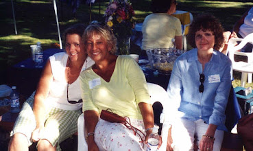 Photo: Andrea Takahashi - Anne Proffitt - Susan Bass Chesterfield