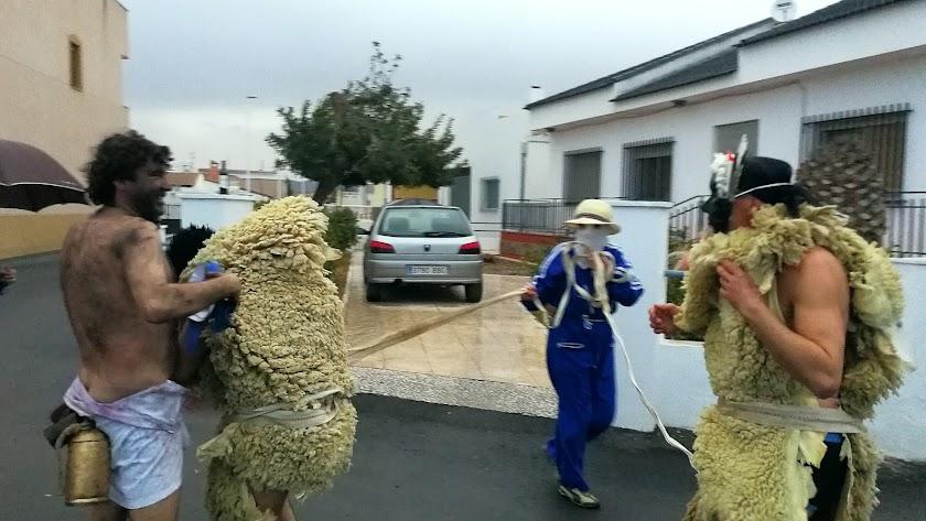 Uno de los momentos de las celebraciones y actividades del Carnaval de Overa.
