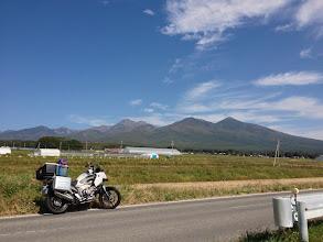 Photo: 富士見町あたり、八ヶ岳を遠望します。(午後1時)