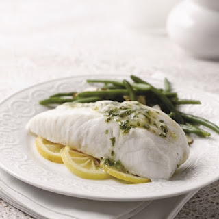 One-Pan Steamed Fish with Lemon White Wine Sauce