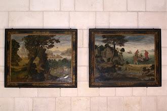 """Photo: Links """"Der Fischzug des Petrus"""", rechts Die Bekehrung des Heiligen Hubertus"""", gemalt vom Nachfolder des Kardinals Richelieu"""