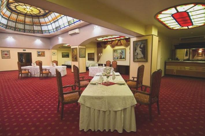 Фото №3 зала Зал «Витражный»