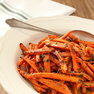 Roasted Carrots with Honey, Rosemary and Thyme.
