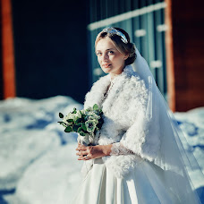 Wedding photographer Artem Likharev (katakaha). Photo of 08.12.2015